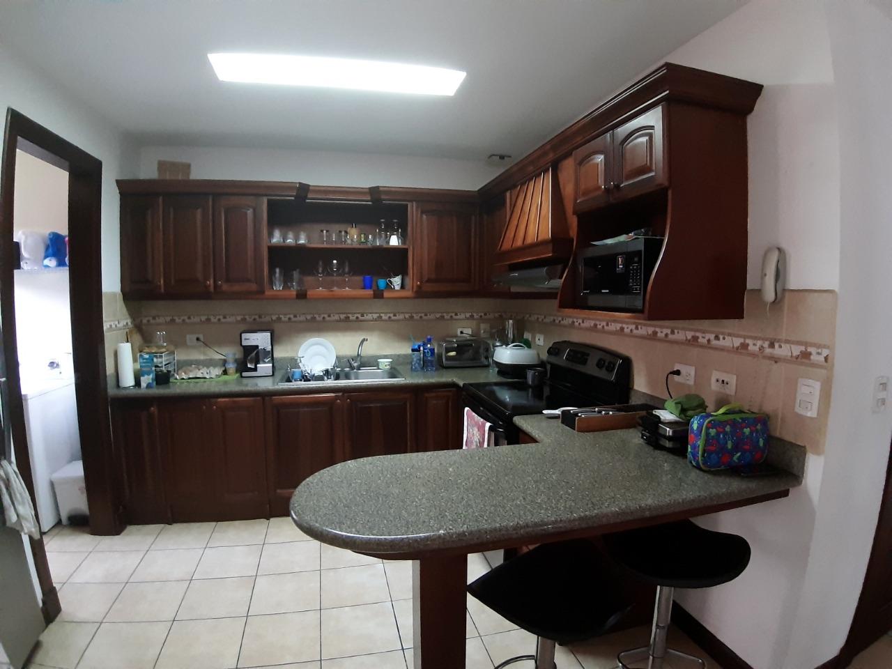 3311 se Vende casa en San Joaquín de flores